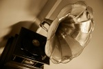 gramophone-63753_1920