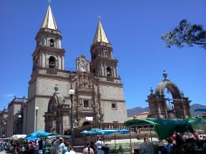 Templo_de_Nuestra_señora_del_rosario,_Talpa_de_Allende_Jalisco,_México.