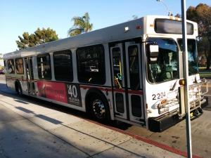 bus-703280_1920