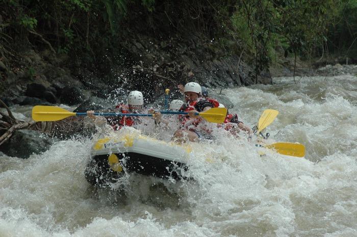 river-rafting-960158_1920