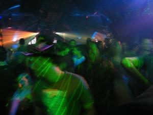dancing-206739_1280