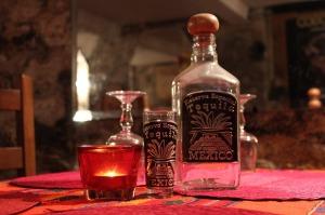 tequila-bottle-1353391_1280