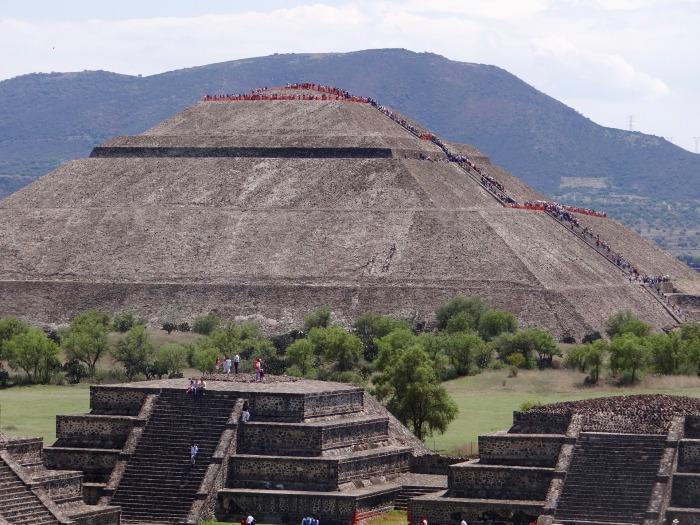 teotihuacan-1136223_1920