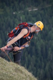 mountaineering-1617515_1920